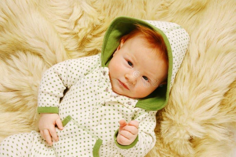 Bebê bonito do redhead foto de stock