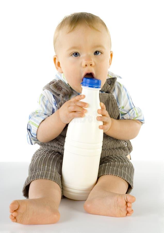 Bebê com frasco imagens de stock