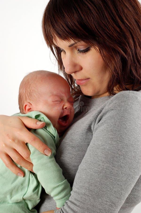 Bebê da terra arrendada da matriz fotos de stock royalty free