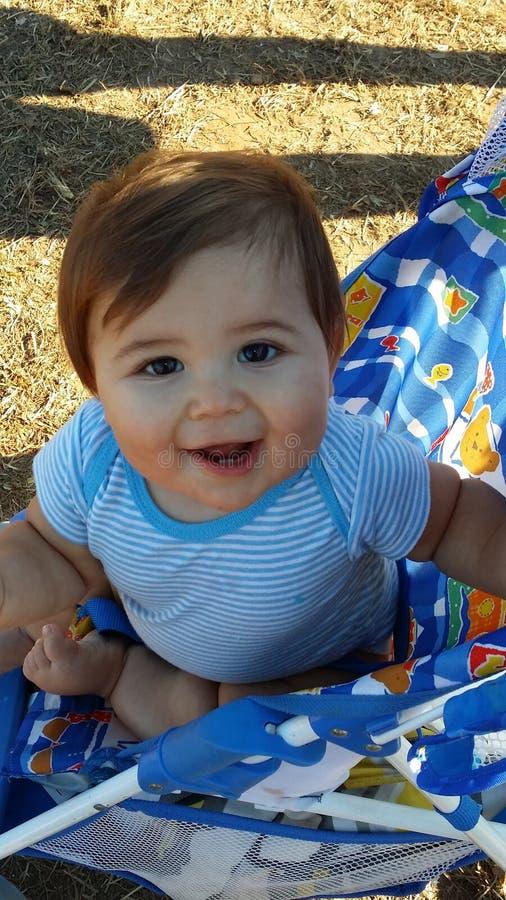 Bebê de sorriso imagem de stock royalty free
