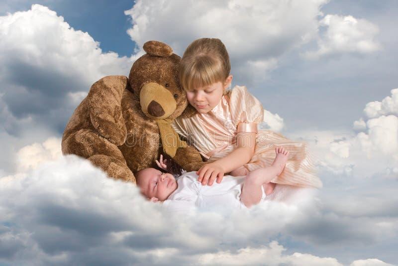 Bebê em nuvens foto de stock