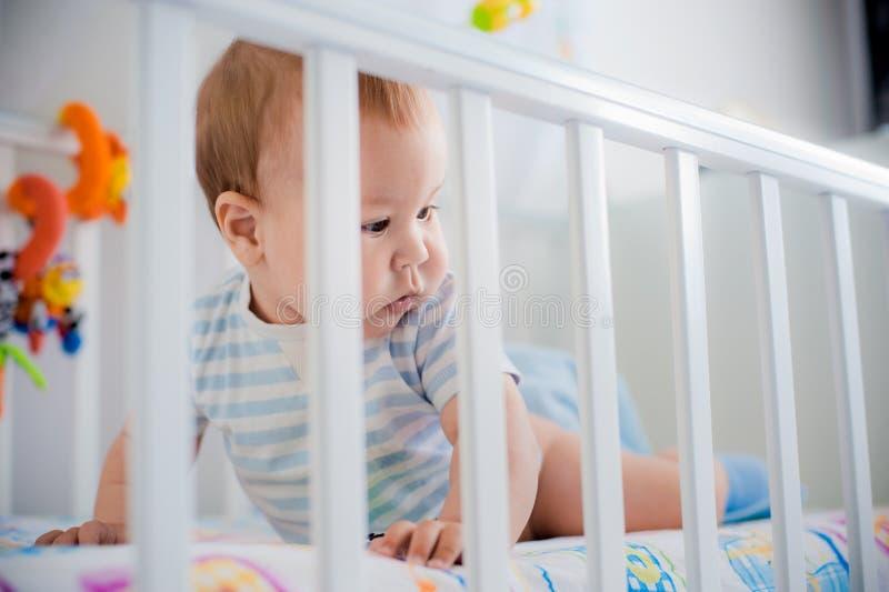 Bebê em sua ucha imagem de stock royalty free
