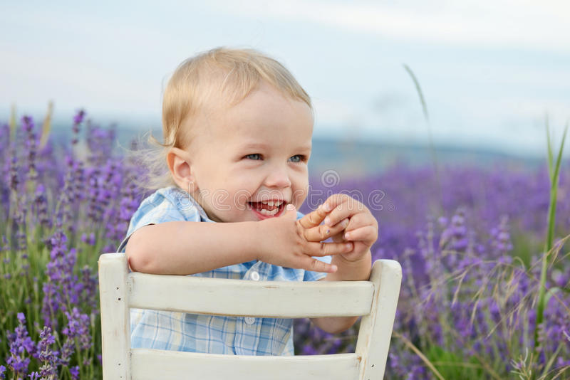 Bebê feliz fotografia de stock