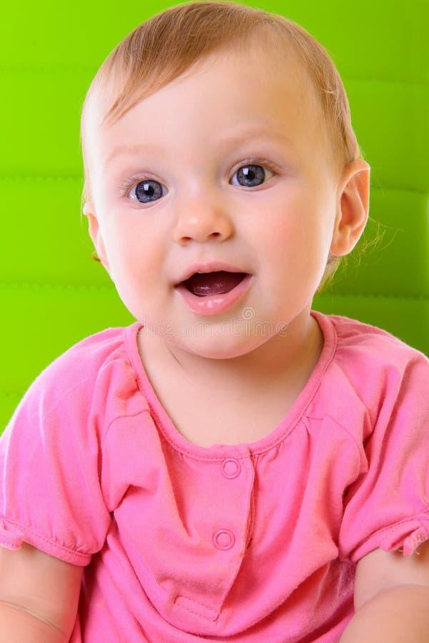 Bebê feliz do retrato imagem de stock