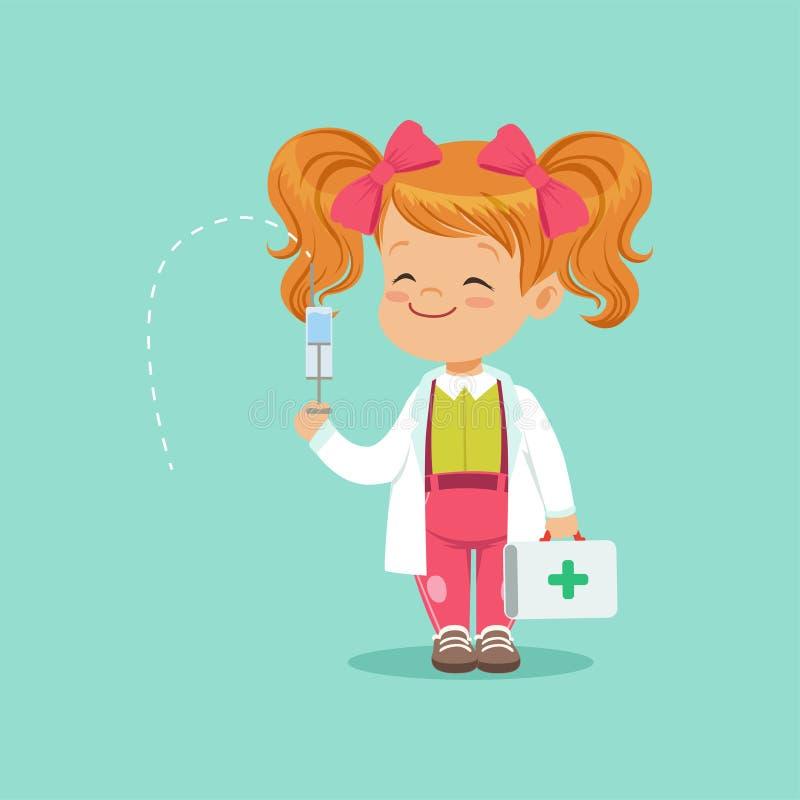 Bebê ruivo bonito que está com mala de viagem e a seringa médicas nas mãos A criança no revestimento branco e no rosa curva-se na ilustração do vetor