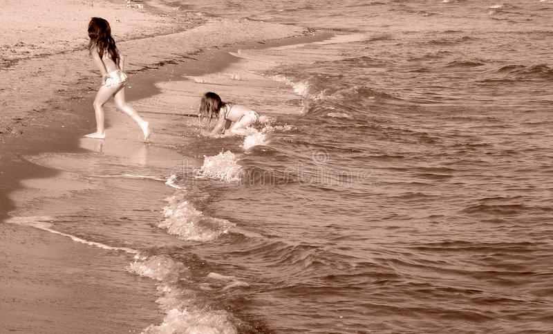 Download Bebês da areia imagem de stock. Imagem de crianças, divertimento - 536263