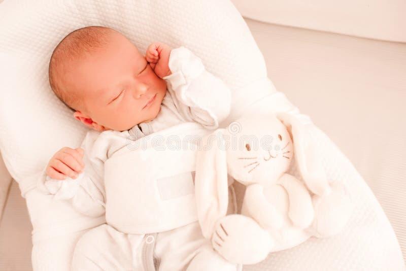 Beb? de sono imagens de stock