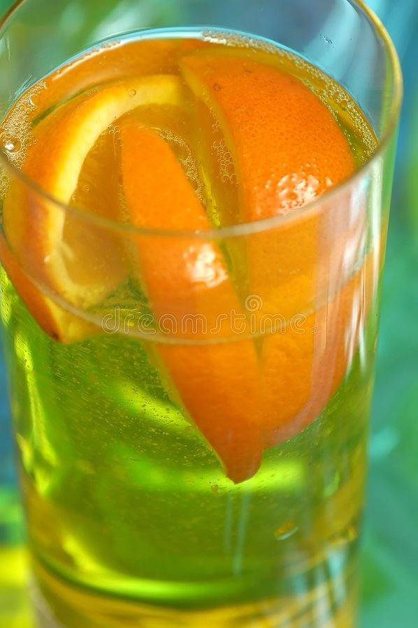 Download Bebida anaranjada imagen de archivo. Imagen de drinking - 178737