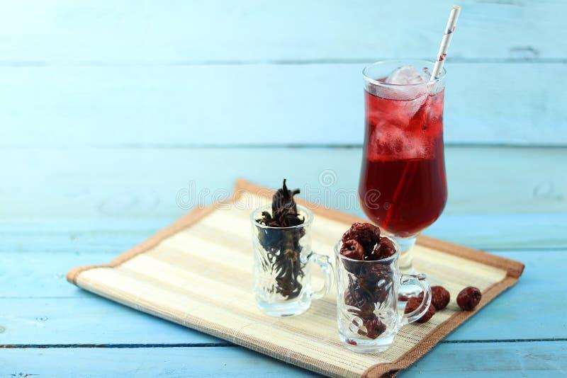 Bebida asiática del roselle herbario de la bebida foto de archivo