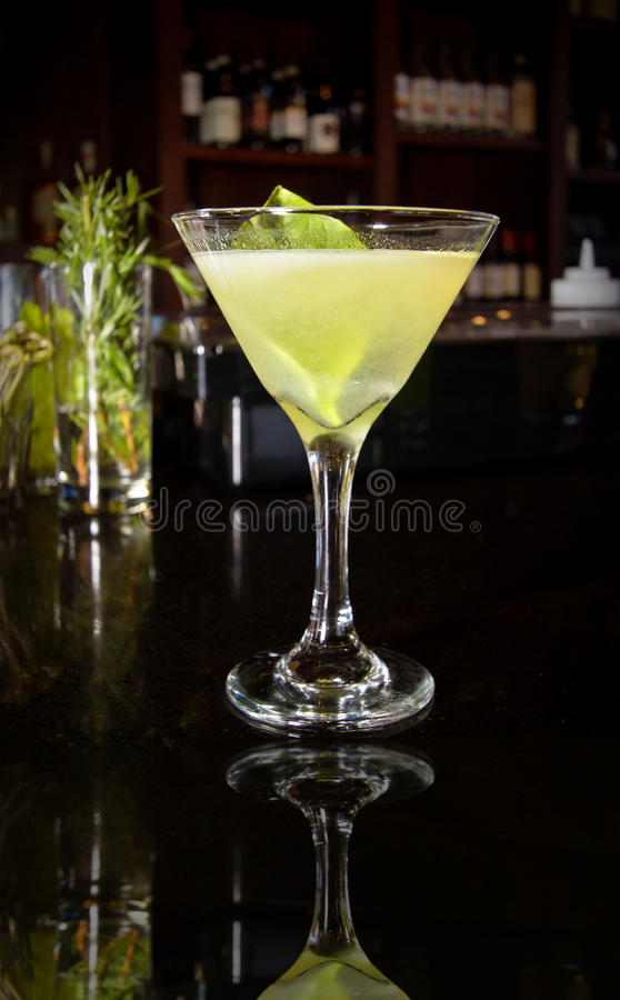 Bebida de la barra del alcohol del cóctel imagen de archivo libre de regalías
