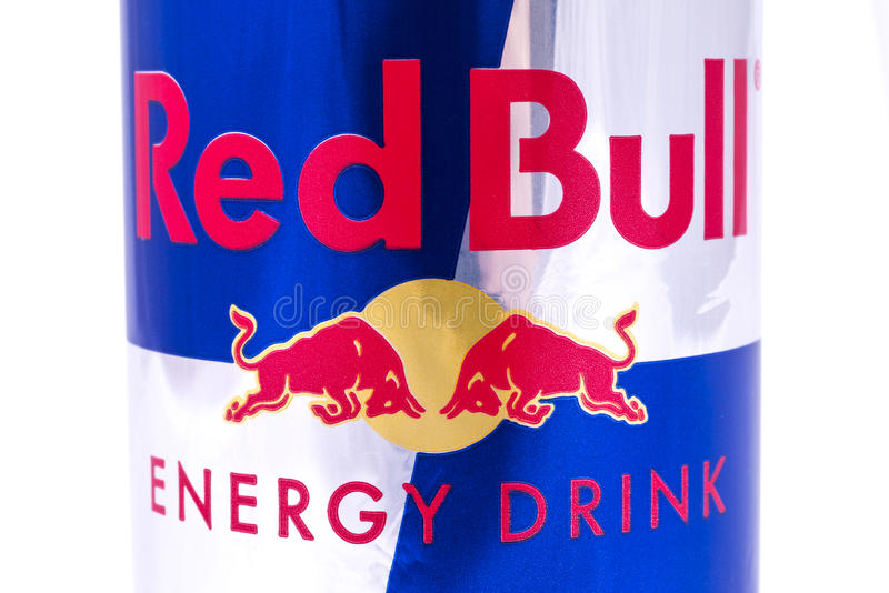 Bebida de la energía de Red Bull foto de archivo