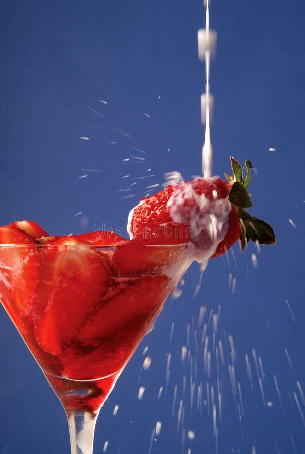 Bebida de la fresa imagenes de archivo