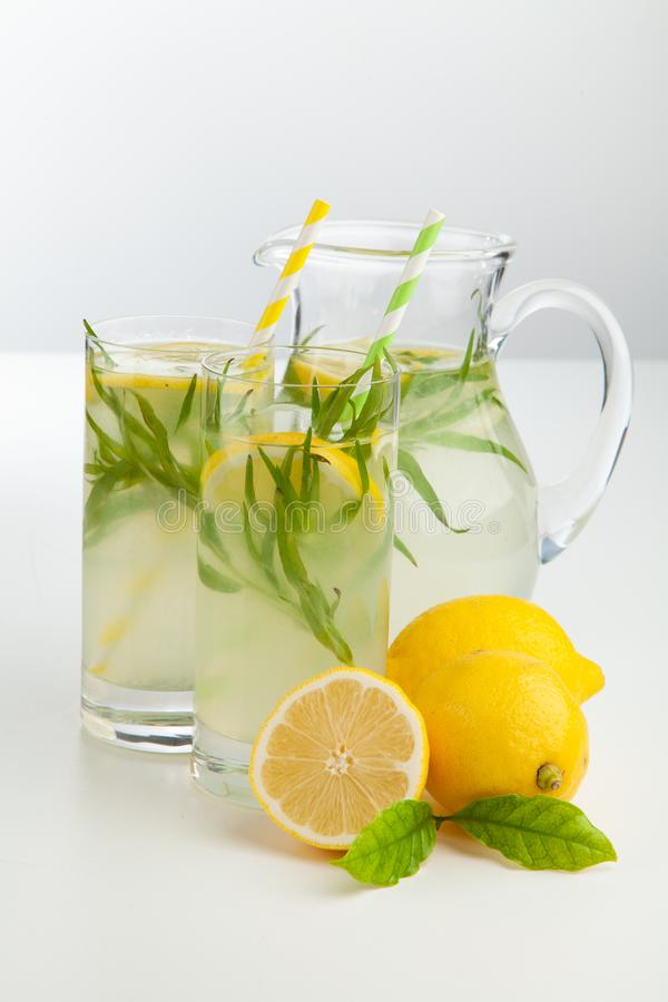Bebida de la limonada del estragón foto de archivo libre de regalías
