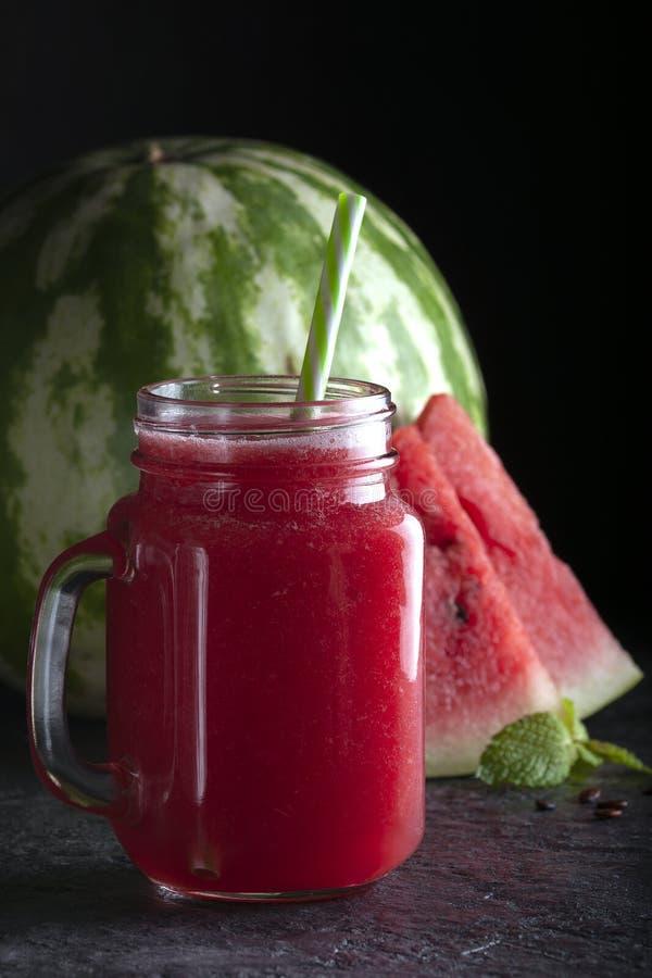 Bebida de melancia refrigerada Melancia doce imagem de stock