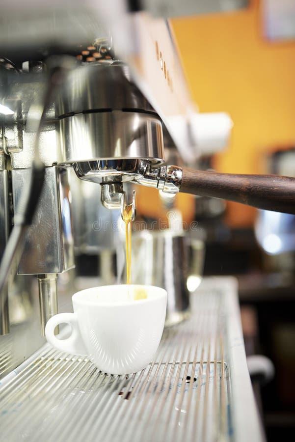 Bebida del café de la máquina del café foto de archivo