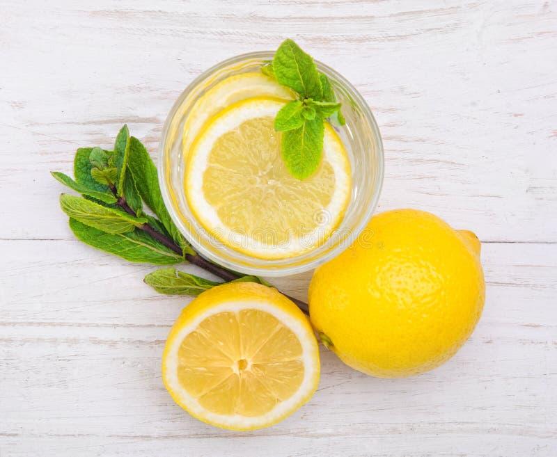 Bebida del limón fotos de archivo libres de regalías
