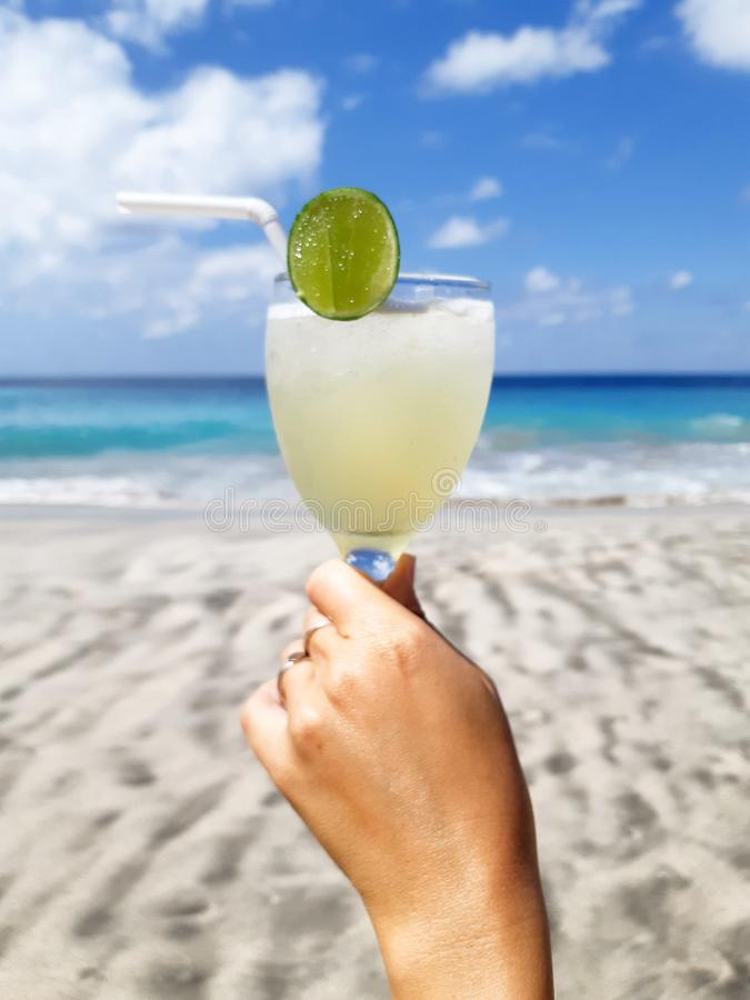 Bebida del limón - Bali& x27; verano de s fotografía de archivo