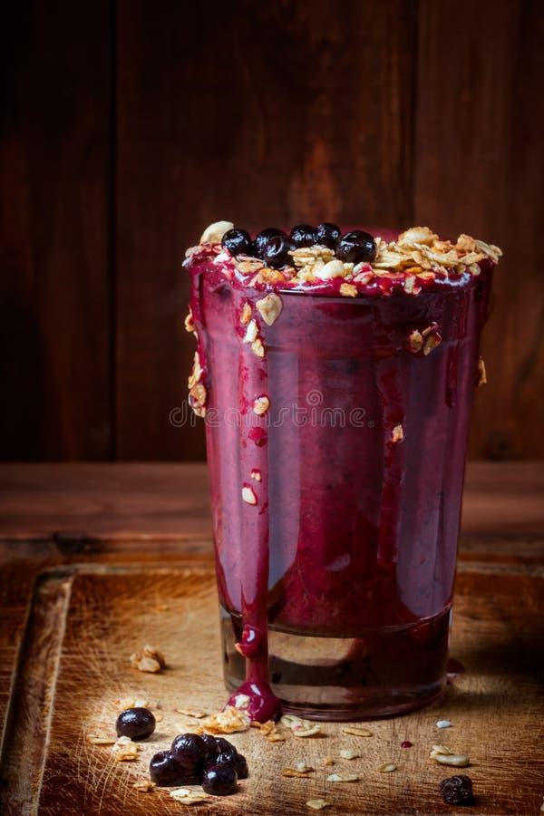 Bebida del yogur de arándano fotografía de archivo libre de regalías