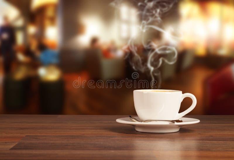 Bebida do café no bar imagem de stock