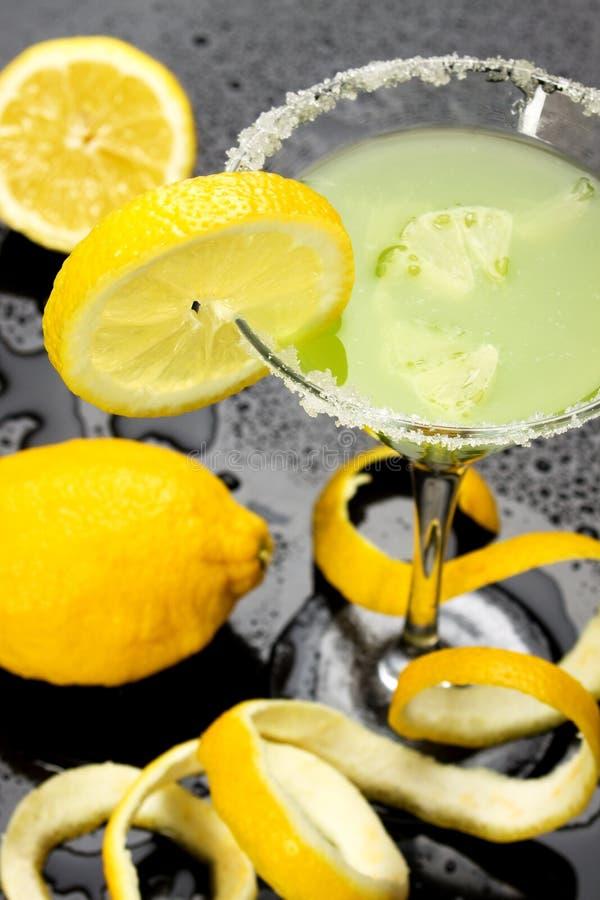 Bebida do cocktail do limão foto de stock royalty free