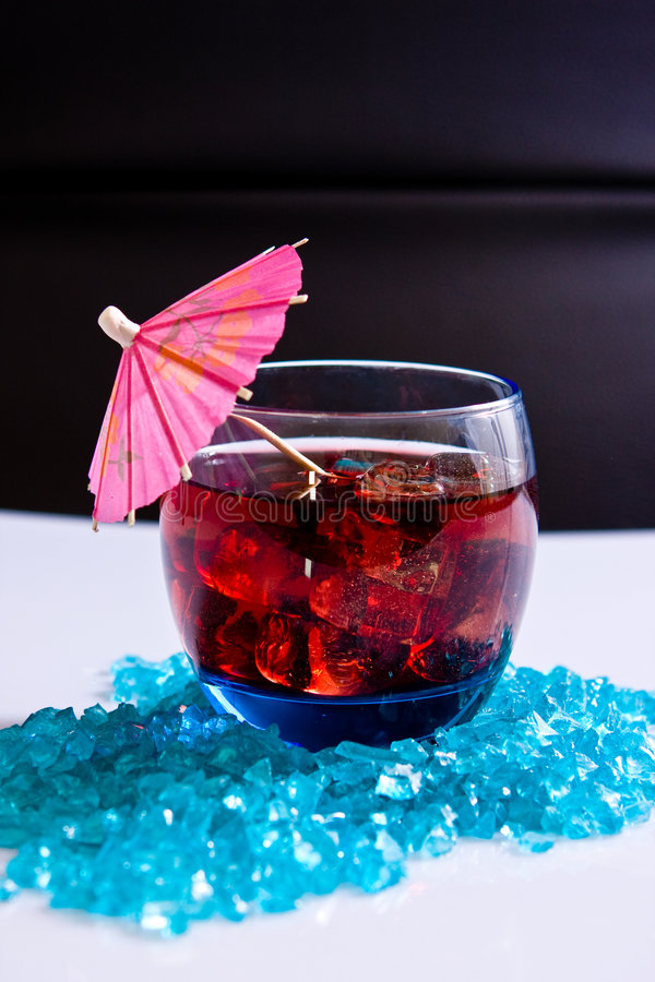 Bebida do partido no gelo fotos de stock royalty free