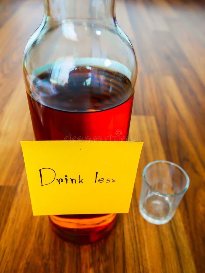 Bebida menos nota de los posts imágenes de archivo libres de regalías