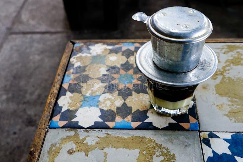 """A bebida popular no †vietnamiano """"Sua Da do leite do café de Vietnam imagens de stock"""