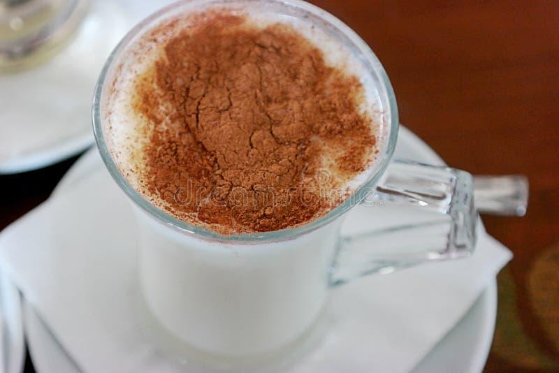 Bebida tradicional del turco foto de archivo