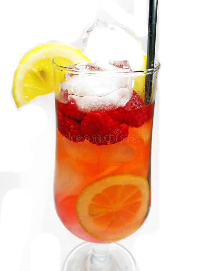 Bebida vermelha do cocktail do perfurador da fruta com framboesa foto de stock royalty free
