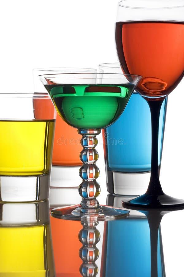 Bebidas alcoólicas coloridas imagens de stock