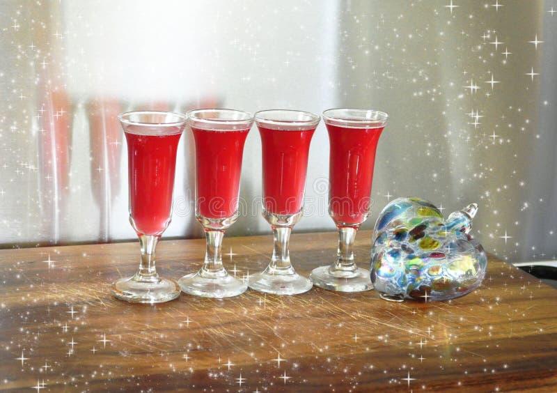 Bebidas bonitas do feriado por um feriado saudável fotografia de stock