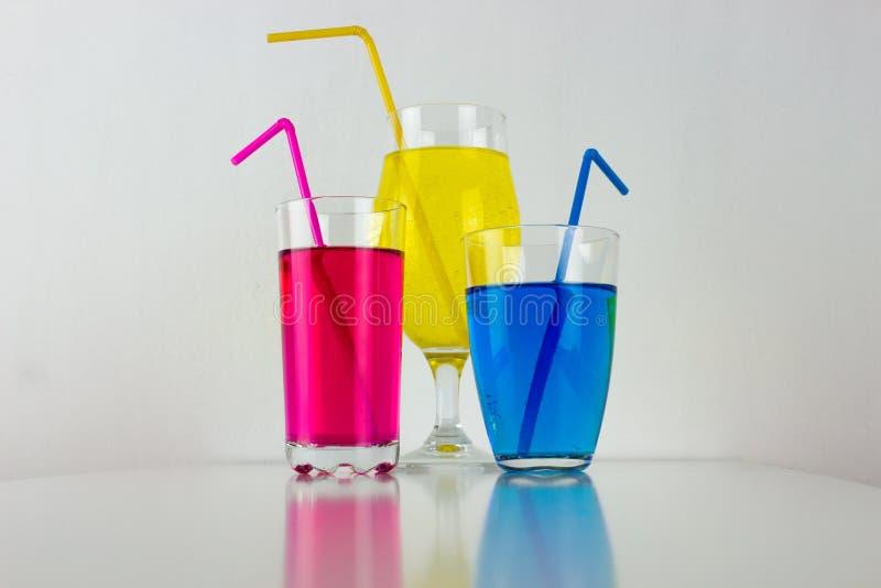 Bebidas coloridas fotos de archivo