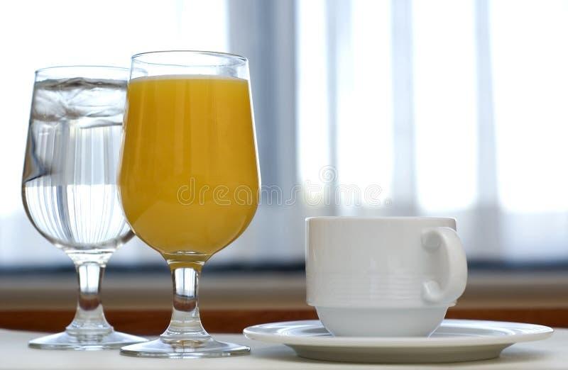 Bebidas da manhã fotografia de stock royalty free