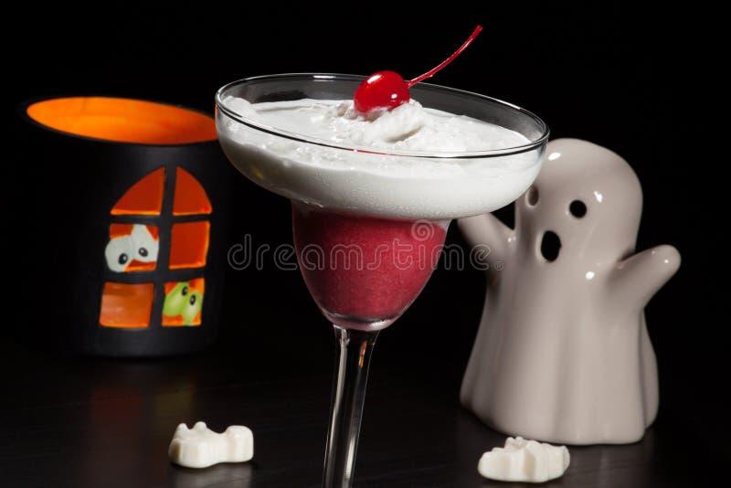 Bebidas de Dia das Bruxas - daiquiri de Vanila da framboesa fotos de stock