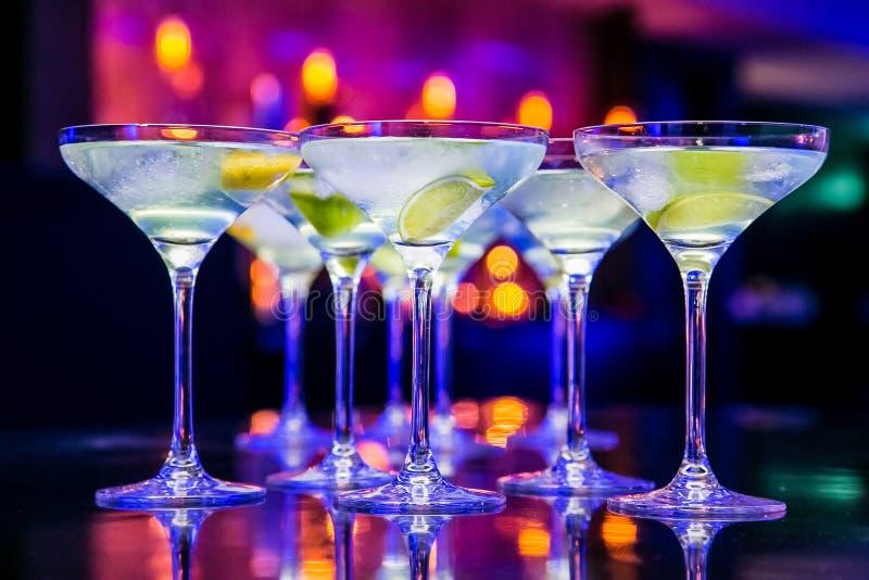 Bebidas do ano novo para o evento de Gala Dinner ou do cocktail fotografia de stock royalty free