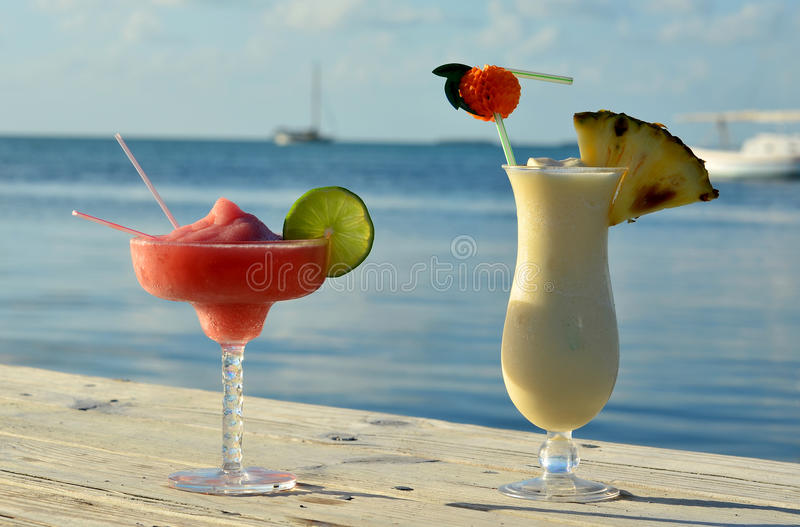 Bebidas tropicales imagen de archivo libre de regalías