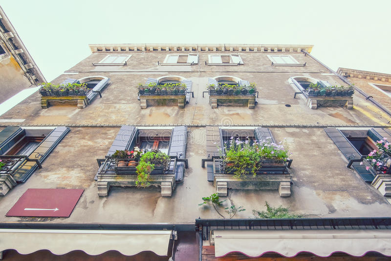 bebott hus i Venedig royaltyfri foto