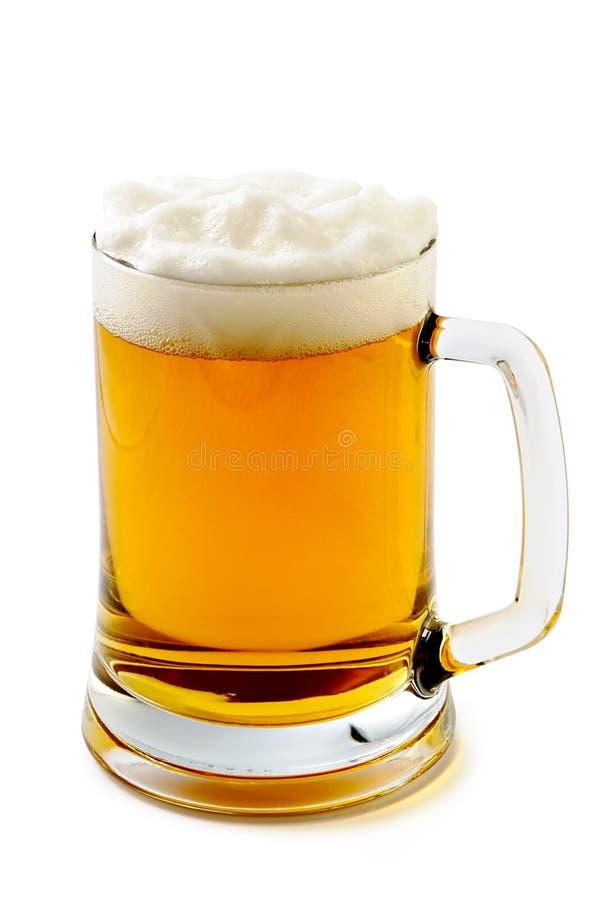 Becher herrliches bernsteinfarbiges Bier stockfoto