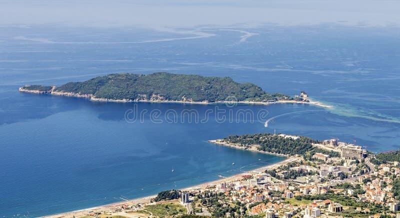 Becici和圣尼古拉斯海岛 免版税库存图片