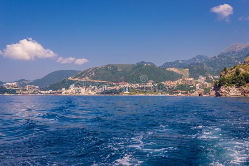 Becici i Montenegro arkivfoton