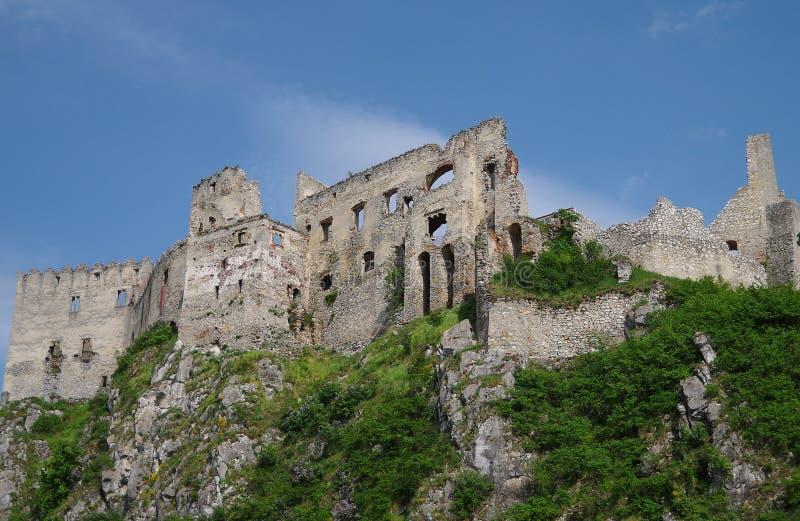 Beckov城堡  图库摄影