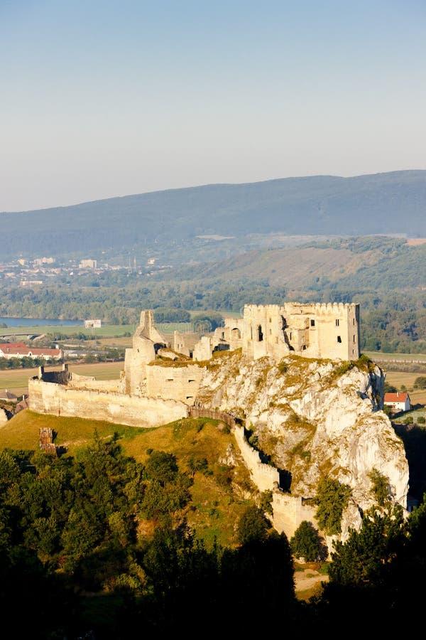 Download Beckov κάστρο στοκ εικόνες. εικόνα από τσεχοσλοβακία - 22782128