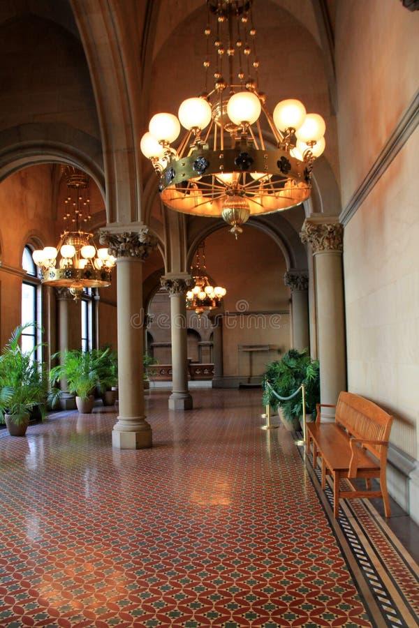 Bedöva sikt av Albanys statliga Kapitoliumbyggnads inre, 2016 royaltyfri fotografi
