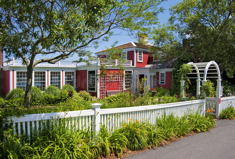 Download Bed And Breakfast Seaside Inn Stock Image - Image: 25664901