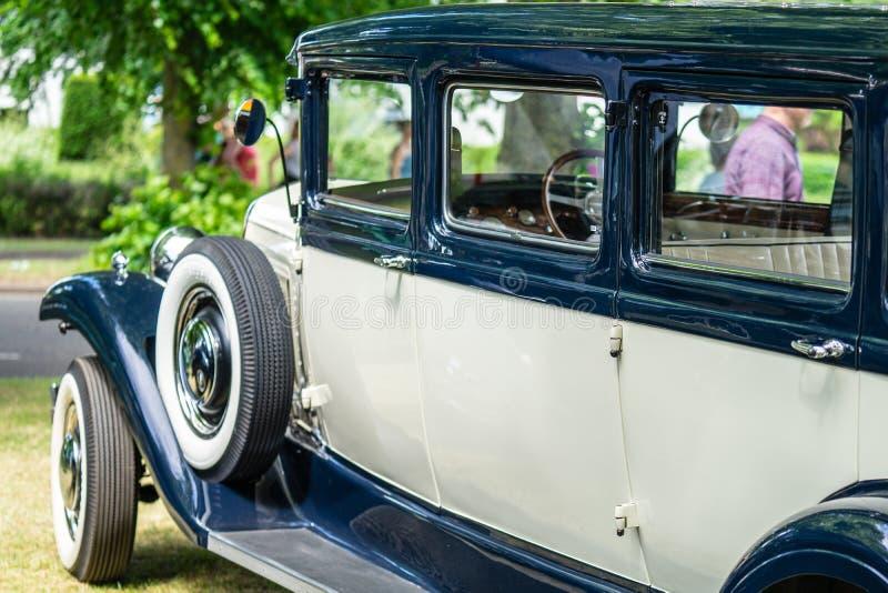 Bedford, Bedfordshire, 2 de junho de 2019 BRITÂNICO O fragmento dos anos 30 denomina o bar de Ford Model A foto de stock