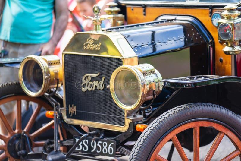 Bedford, Bedfordshire, Reino Unido 2 de junio de 2019 Festival de viajar en automóvili, fragmento de un vintage Ford Model T que  imagen de archivo