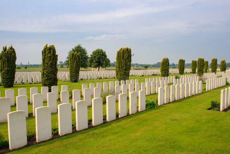 Bedford House Cemetery-wereldoorlog één Ypres Flander België stock foto's