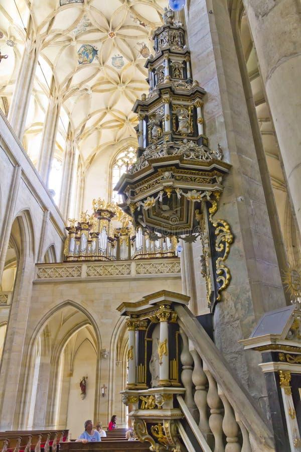 Bedienpult des alten Pastors Kirche in der Str.-Barboras lizenzfreie stockbilder