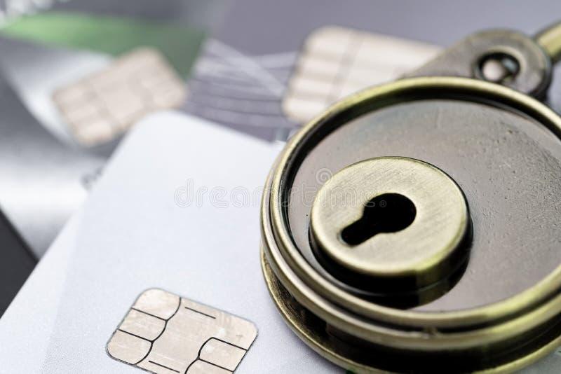 Bedriegt de creditcard online betaling of het winkelen de websitegegevensbeveiliging royalty-vrije stock foto