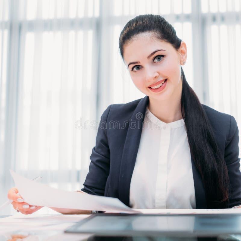 Bedrijfrecruiter de baan van de bedrijfsu bureaumanager royalty-vrije stock afbeelding